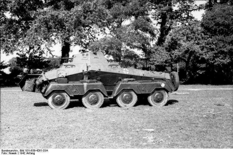 Sd Kfz 231 SCHWERE PANZERSPÄHWAGEN (8-Räd) - Quartermaster